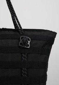Nike Sportswear - NK AF-1 - Shoppingväska - black - 7