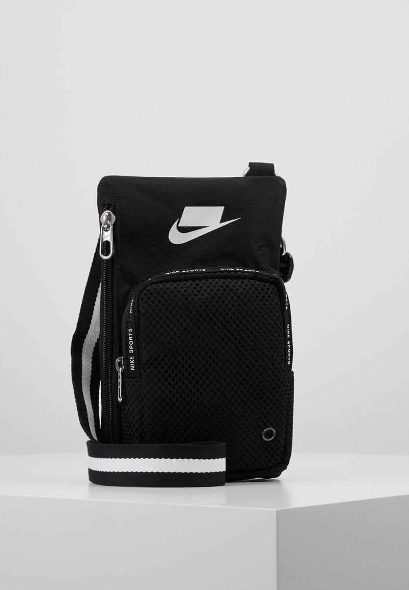 Nike Sportswear - SPORT SMIT - Across body bag - black/summit white