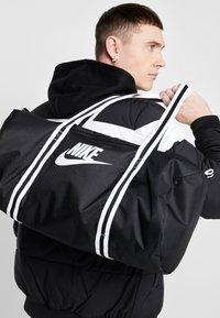 Nike Sportswear - HERITAGE - Sports bag - black/white - 1