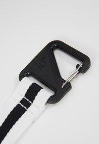Nike Sportswear - HERITAGE - Sports bag - black/white - 5