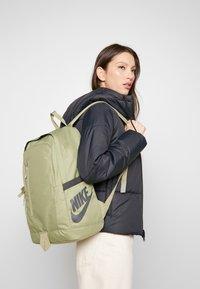 Nike Sportswear - ALL ACCESS SOLEDAY - Rucksack - dusty olive/smoke grey - 5
