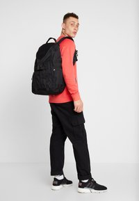 Nike Sportswear - FUTURA  - Tagesrucksack - black - 1