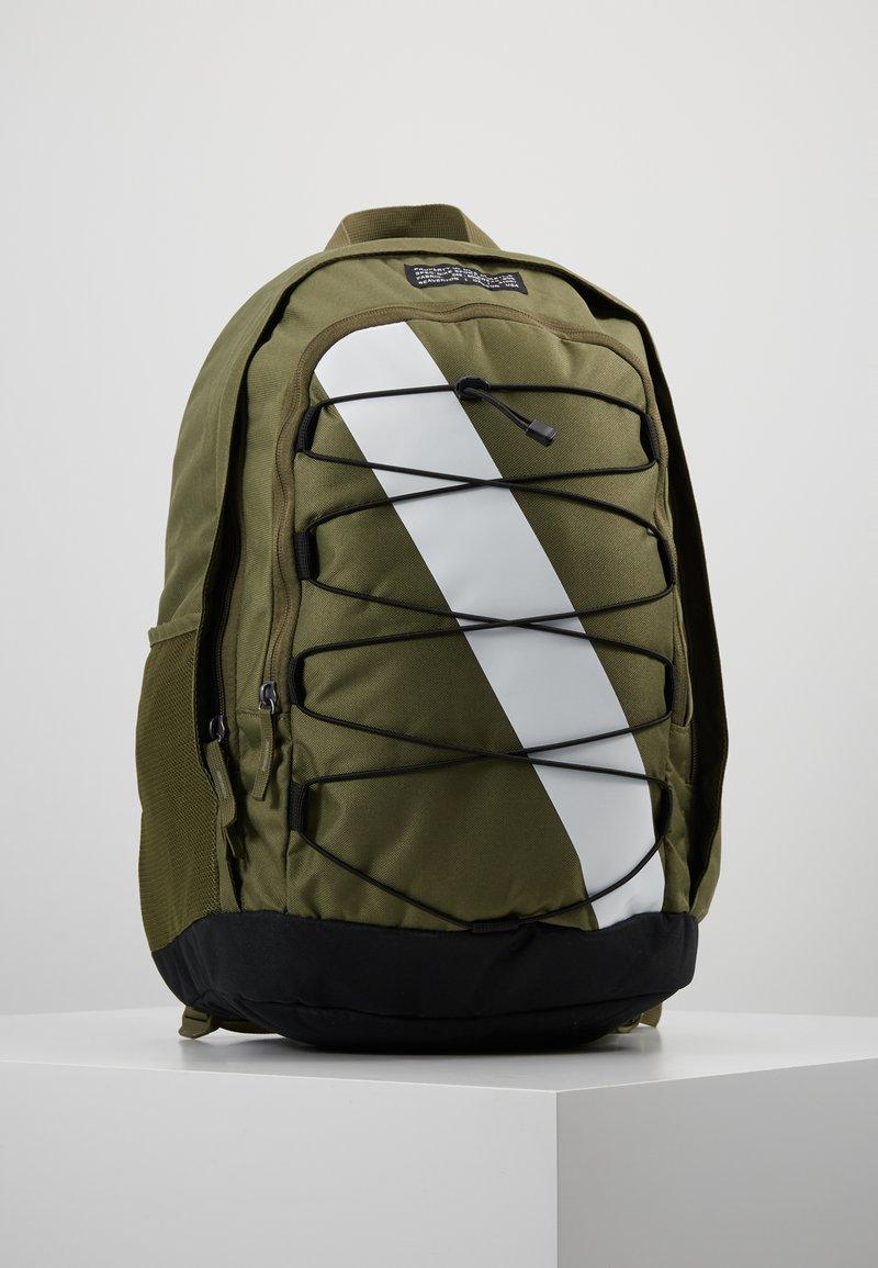 Nike Sportswear - HAYWARD - Rucksack - olive/white