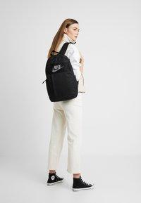 Nike Sportswear - Mochila - black/white - 5
