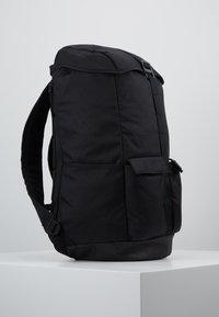 Nike Sportswear - EXPLORE  - Rucksack - black/white - 3