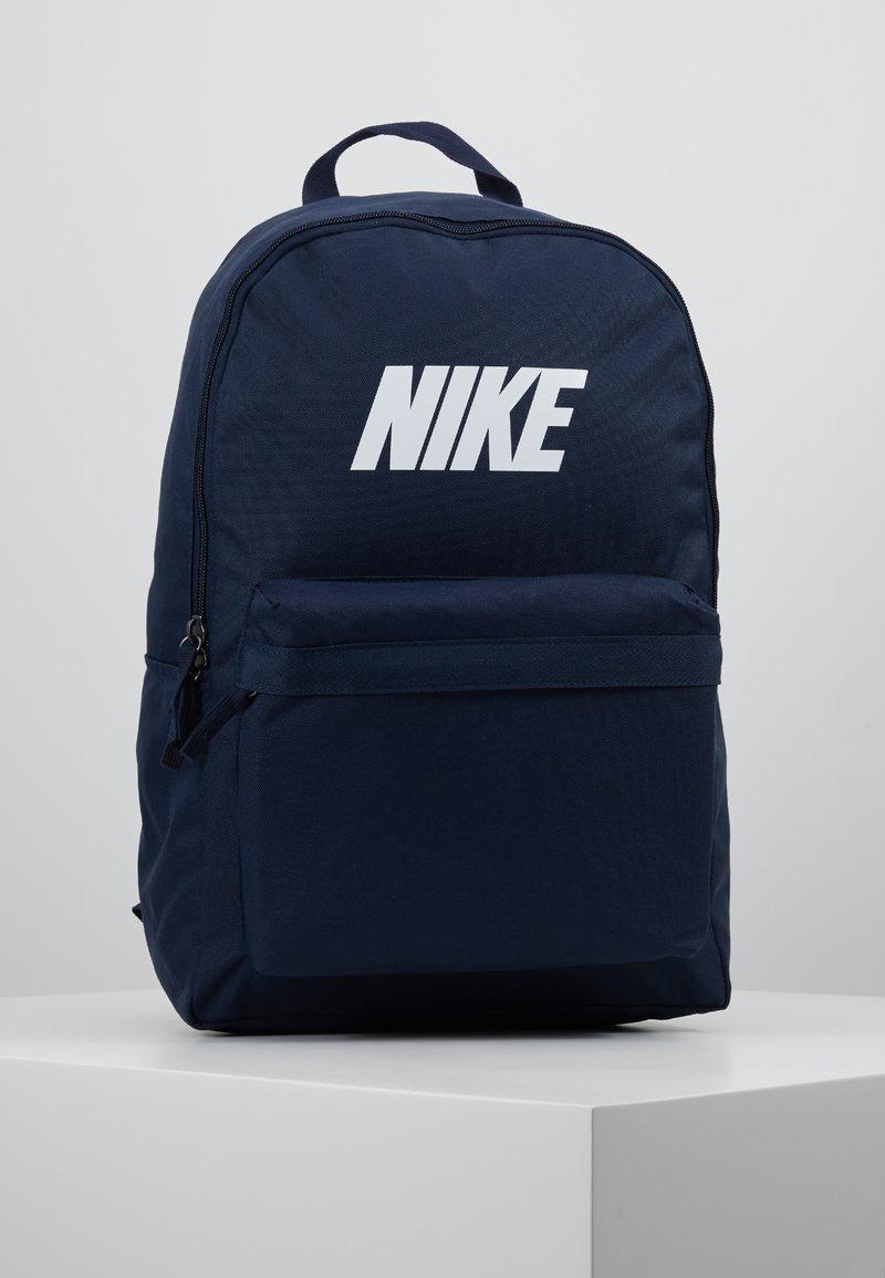 Nike Sportswear - HERITAGE  - Mochila - obsidian/white