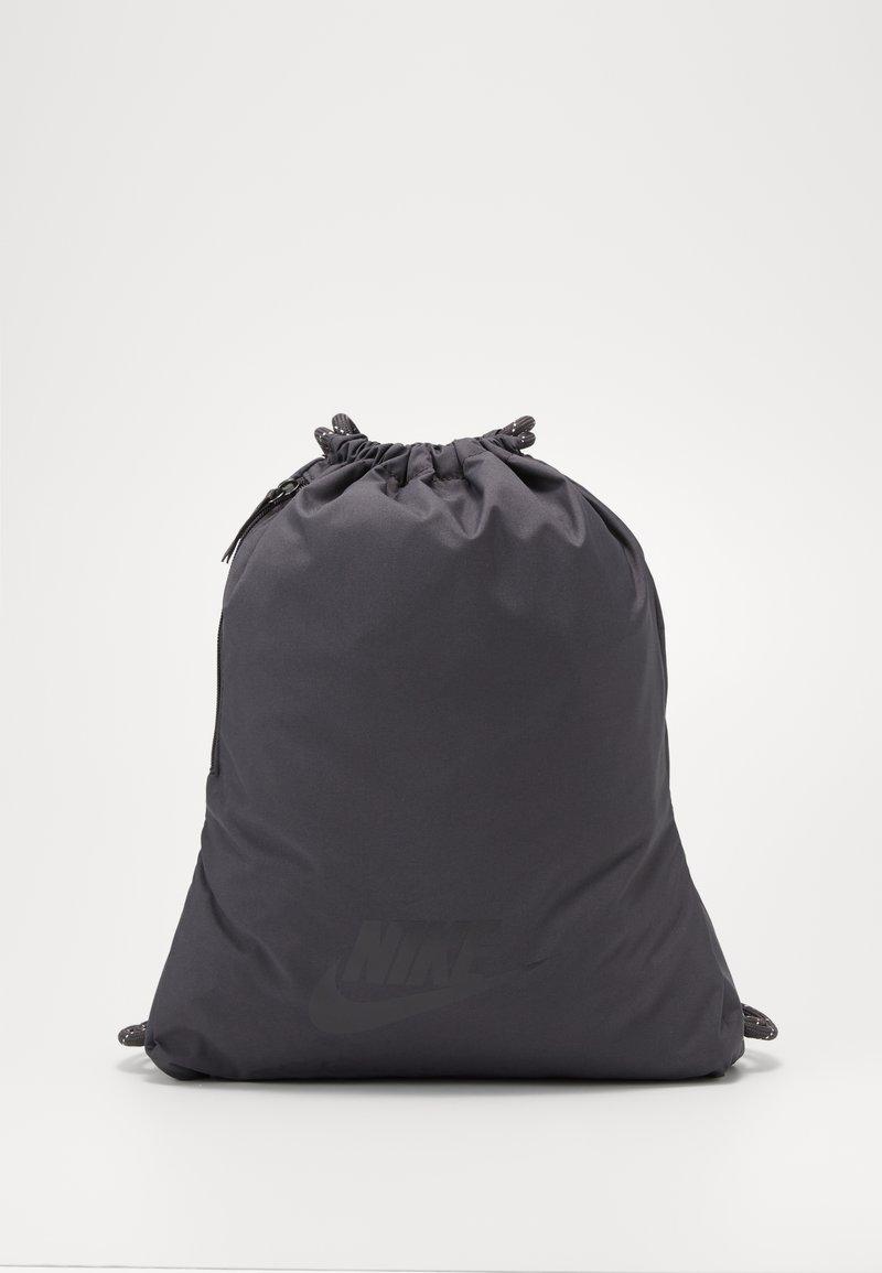Nike Sportswear - HERITAGE - Sac à dos - thunder grey