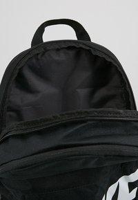 Nike Sportswear - Ryggsäck - black/white - 4