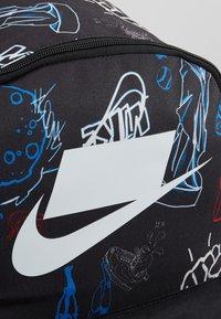 Nike Sportswear - HERITAGE - Rucksack - black/white - 5