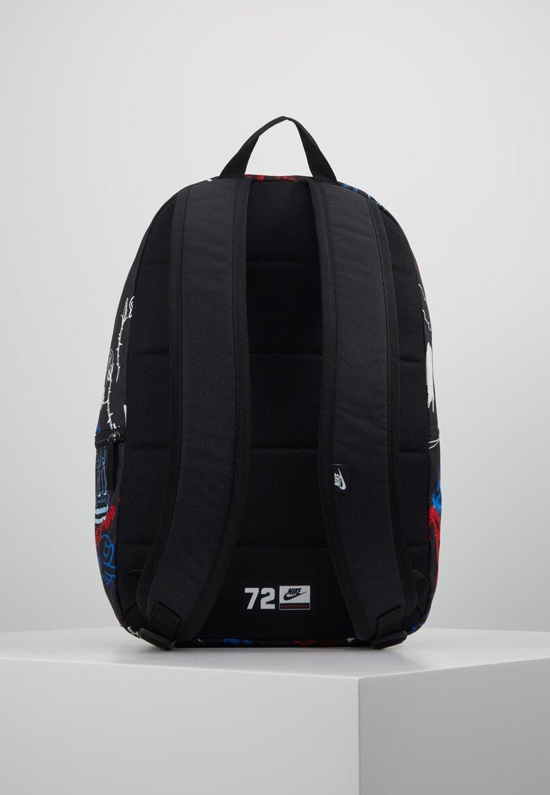 Nike Sportswear - HERITAGE - Reppu - black/white