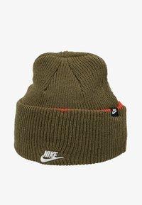 Nike Sportswear - CUFFED BEANIE - Beanie - medium olive - 4
