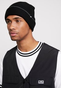 Nike Sportswear - CUFFED BEANIE - Mössa - black - 1