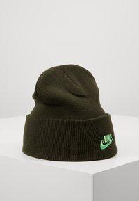 Nike Sportswear - CUFFED BEANIE UTILITY - Gorro - sequoia - 0