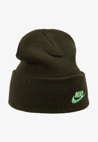 Nike Sportswear - CUFFED BEANIE UTILITY - Gorro - sequoia - 4