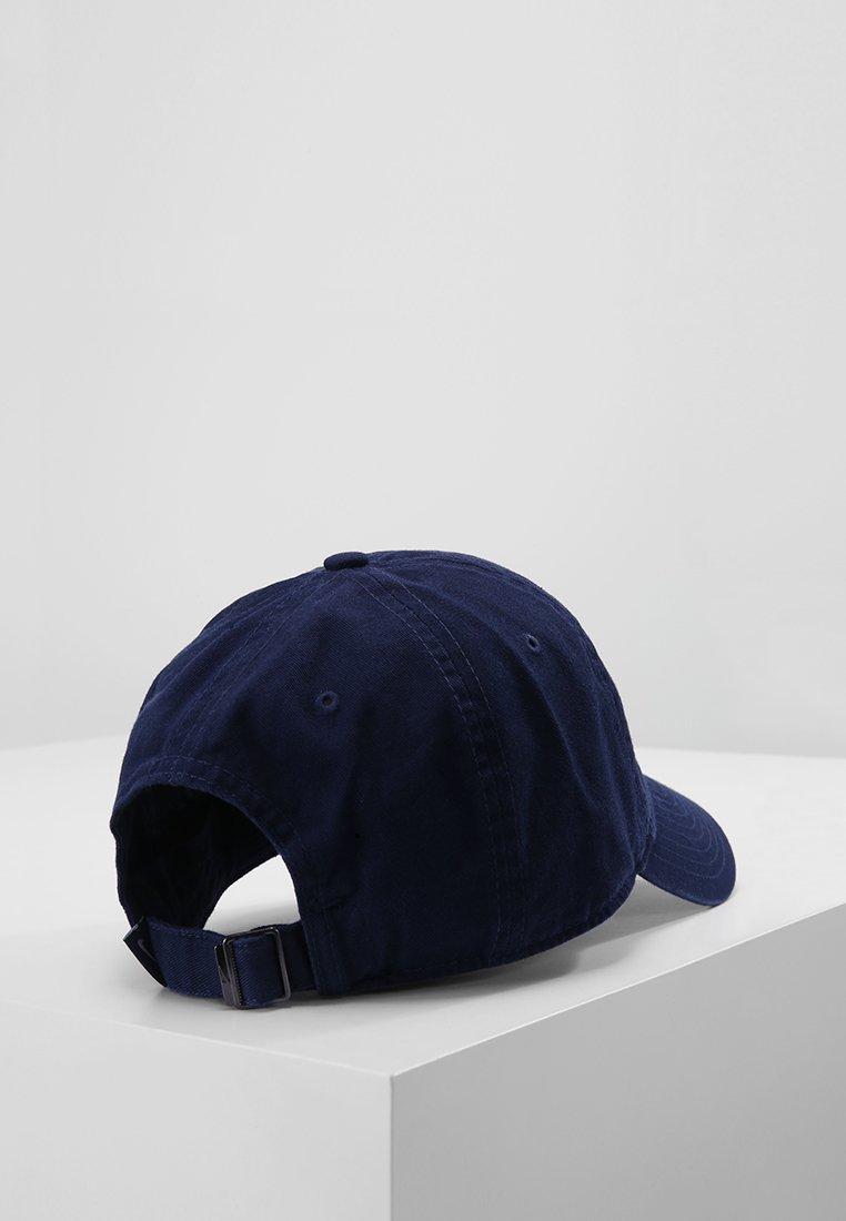 Nike Sportswear Keps - obsidian