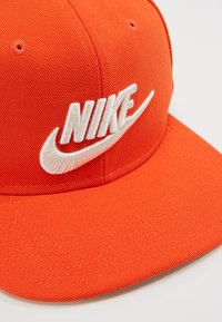 Nike Sportswear - FUTURA PRO - Keps - team orange - 6
