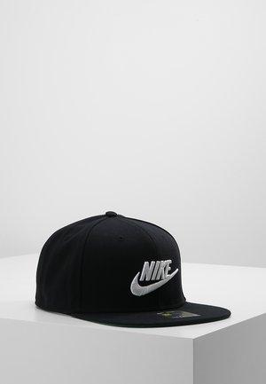 FUTURA PRO - Caps - black/pine green/black/white