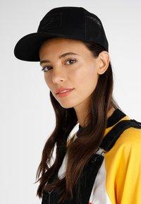Nike Sportswear - TRUCKER - Czapka z daszkiem - black - 4