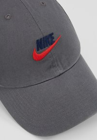 Nike Sportswear - FUTURA WASHED - Cap - iron grey - 6