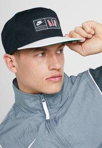 Nike Sportswear - PRO AIR - Pet - black - 1