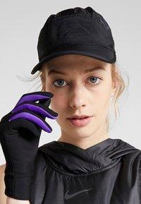 Nike Sportswear - TECH PACK - Kšiltovka - black - 4