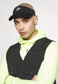 Nike Sportswear - VISOR - Gorra - black - 1