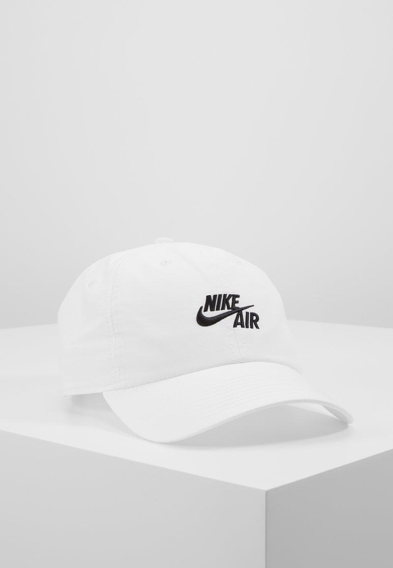 Nike Sportswear - FUTURA - Cappellino - white