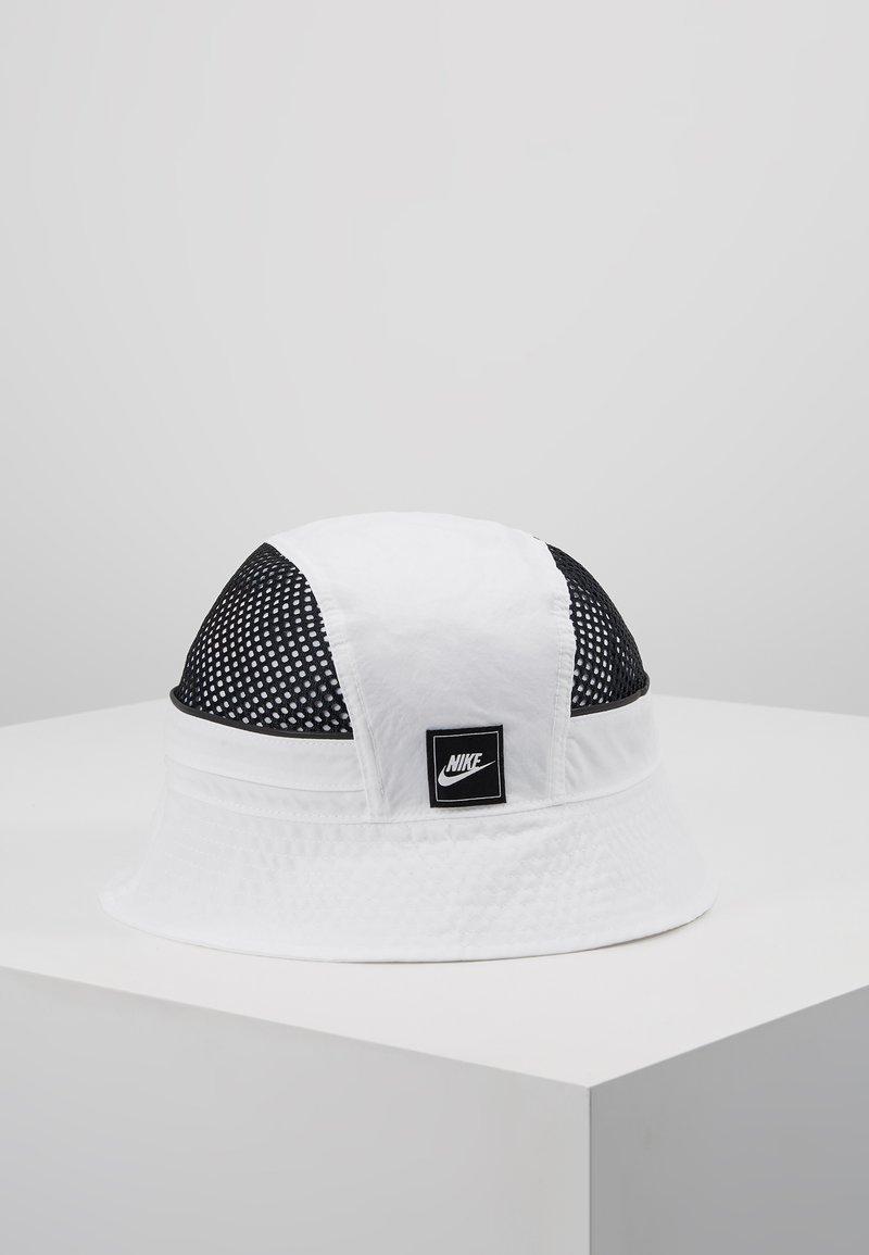 Nike Sportswear - BUCKET - Hat - white