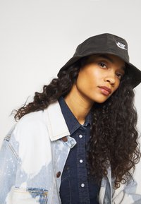 Nike Sportswear - BUCKET WASHED - Hat - black - 3