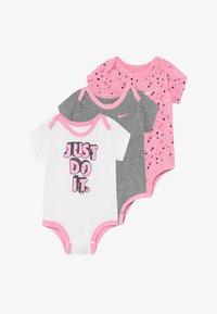 Nike Sportswear - DOT BABY 3 PACK - Body - pink - 3