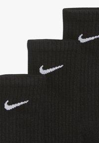 Nike Sportswear - EVERYDAY CUSH CREW 3 PACK - Ponožky - black/white - 3