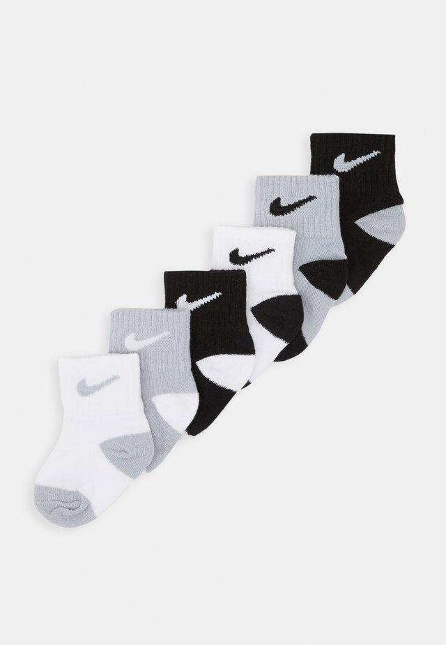 LOGO PACK TODDLER SOCKS 6 PACK - Socks - black/wolf grey