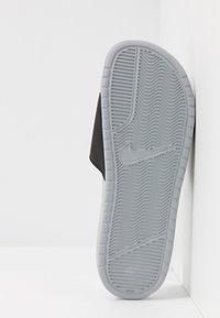 Nike Sportswear - BENASSI JDI - Sandały kąpielowe - wolf grey/volt/black - 4