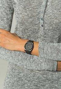Nixon - TIME TELLER - Horloge - matte black/gold-coloured - 1