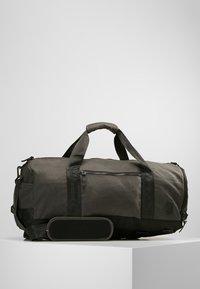 Nixon - PIPES 35L DUFFLE - Weekend bag - black - 0
