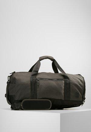 PIPES 35L DUFFLE - Weekendbag - black