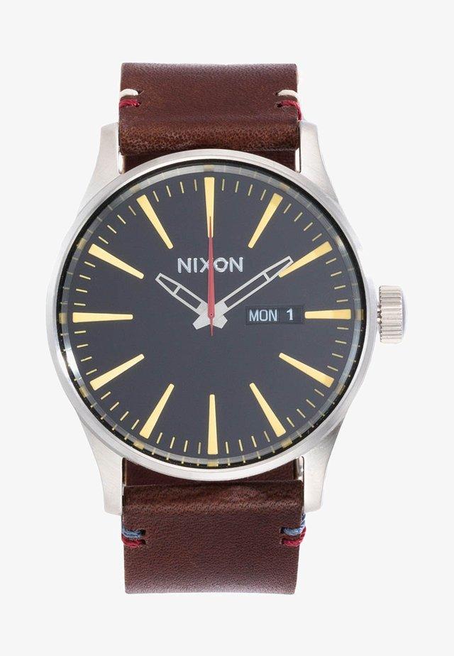SENTRY - Watch - black/brown