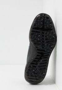 Nike Golf - ROSHE G TOUR - Chaussures de golf - black - 4