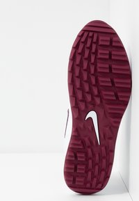 Nike Golf - AIR MAX 1 G - Golfové boty - white/villain red/barely grape - 4