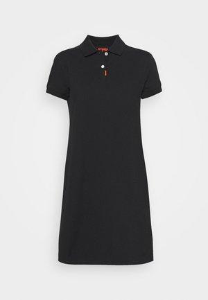 The Nike Polo Damenkleid - Sportovní šaty - black