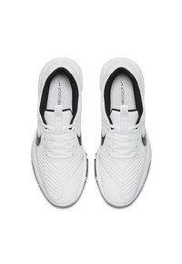 Nike Golf - EXPLORER 2 S - Chaussures de golf - white/university red/black - 1