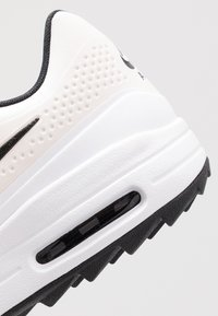 Nike Golf - AIR MAX 1 G - Zapatos de golf - phantom/black/white - 5