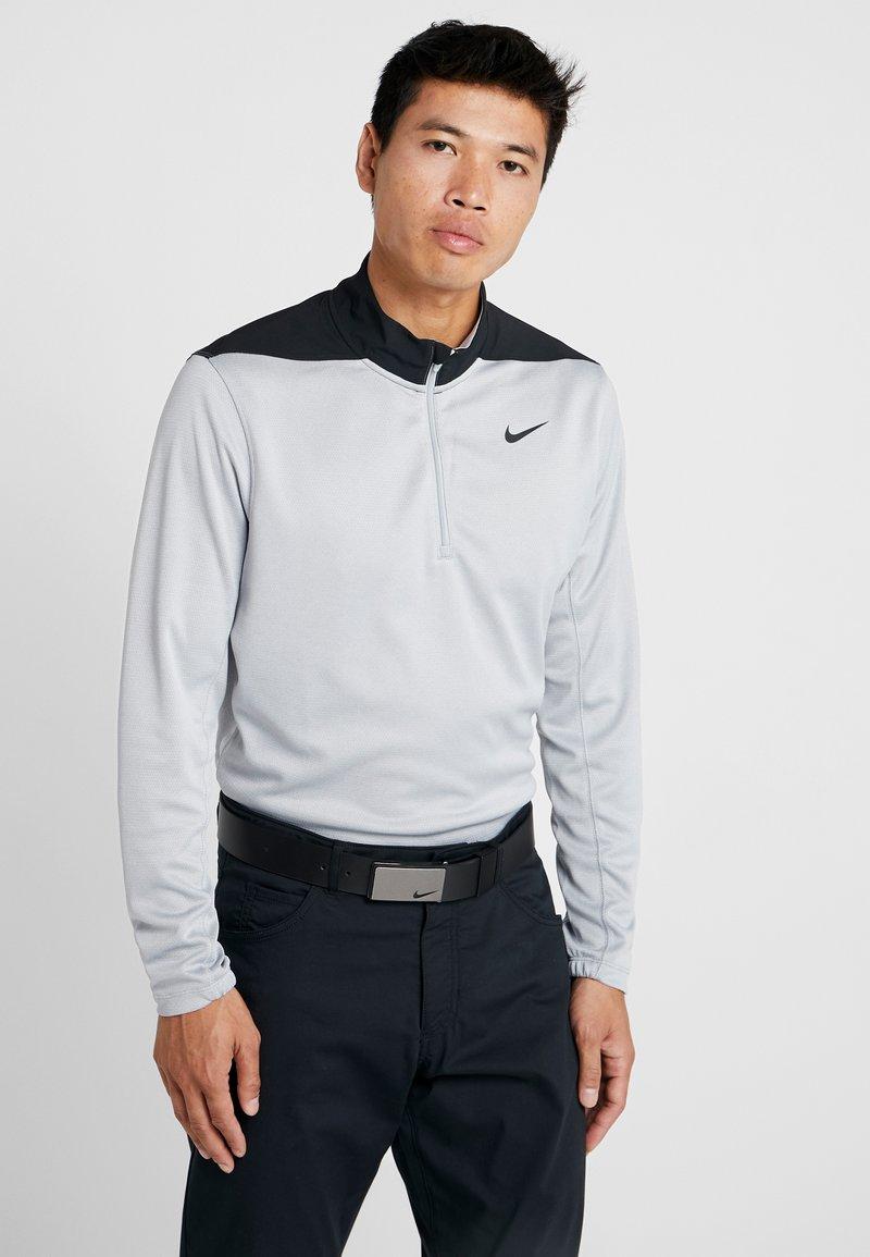 Nike Golf - DRI-FIT HERREN GOLFOBERTEIL MIT HALBREISSVERSCHLUSS - Funktionstrøjer - wolf grey/pure platinum/black