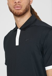 Nike Golf - DRY VAPOR - T-shirt de sport - black/white - 5