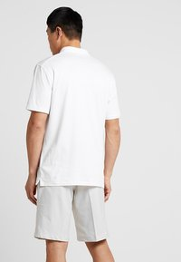 Nike Golf - DRY PLAYER SOLID - Funktionströja - white/brushed silver - 2
