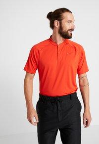 Nike Golf - MMTM - T-shirt de sport - habanero red - 0