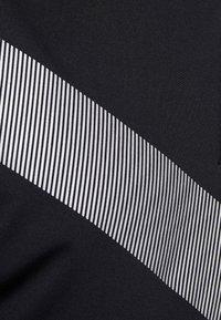 Nike Golf - TIGER WOODS DRY VAPOR REFLECT POLO - T-shirt imprimé - black - 4