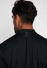 Nike Golf - DRY  - T-shirt imprimé - black - 5