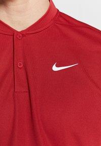 Nike Golf - DRY VICTORY - Funktionstrøjer - sierra red/white - 5