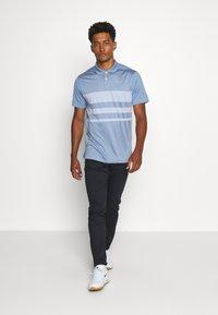 Nike Golf - DRY VAPOR - Koszulka sportowa - indigo fog/ghost - 1